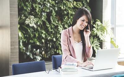 Kiat Membangun Personal Branding untuk Profesional dan Wirausaha