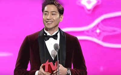 Setelah bertahun-tahun, Akhirnya Eric Mun Mengakui Hubungan Cintanya dengan Na Hye-mi