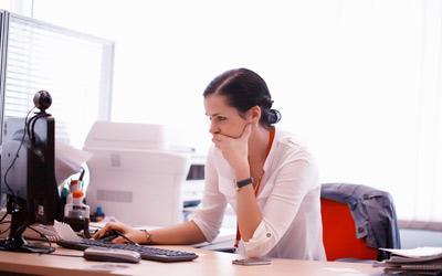 4 Trik Lebih Konsentrasi Kerja Saat Puasa