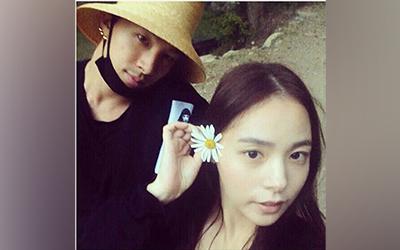 Cerita di Balik Pernyataan Taeyang yang Akan Menikahi Min Hyo-rin Sebelum Wajib Militer