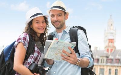 4 Alat untuk Hindari Putus Cinta Pas Traveling