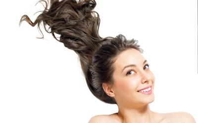 3 Gaya Rambut yang Memengaruhi Cara Bercinta