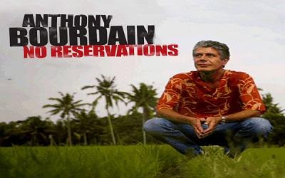 Perjalanan Kuliner Anthony Bourdain di Indonesia: Masakan Minang, Surabi dan Dodol Garut, Hingga Masakan Khas Bali