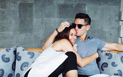 Cerita Cinta Nana Mirdad & Andrew White yang Meninggalkan Dunia Hiburan Demi Cinta