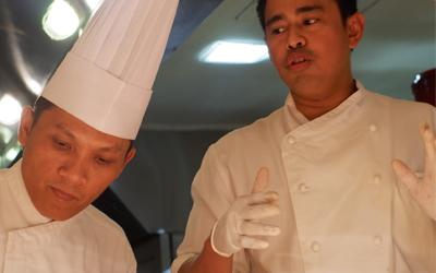 Last Day! Kolaborasi Progresif Chef Ciptoroso dan Chef Fernando Sindu
