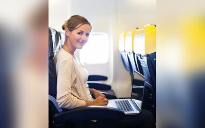Tip Tetap Nyaman Selama Penerbangan