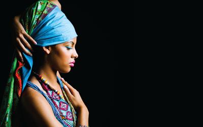 Makna di Balik Tradisi Menutup Kepala di Berbagai Belahan Dunia
