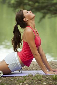 6 Alasan Wajib Mencoba Yoga