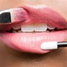 Lipstik Bikin Bibir Kering