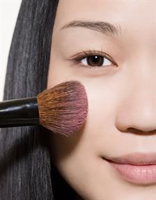 6 Langkah Makeup Ekspres 2 Menit