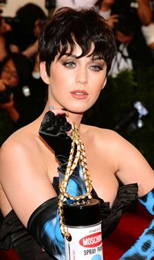 7 Transformasi Gaya Rambut Katy Perry